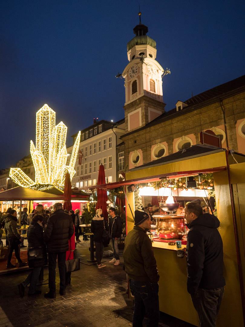 innsbruck-weihnachtsmarkt-bergkristall
