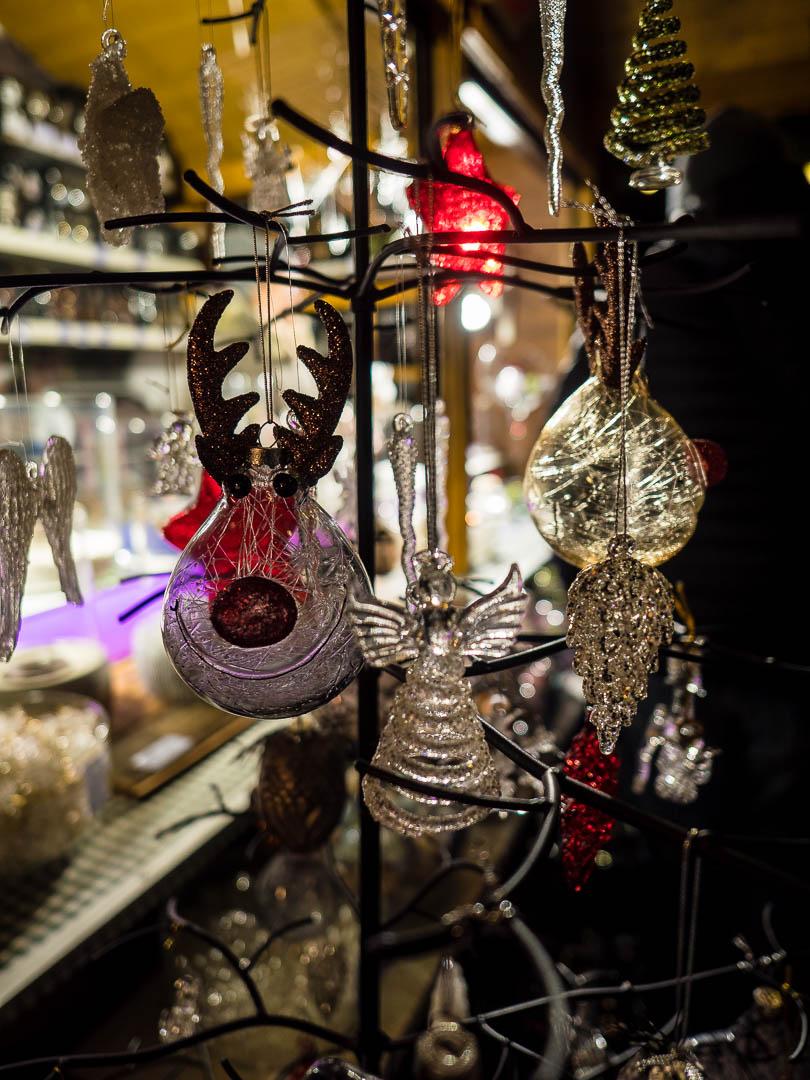 innsbruck-weihnachtsmarkt-christbaumschmuck