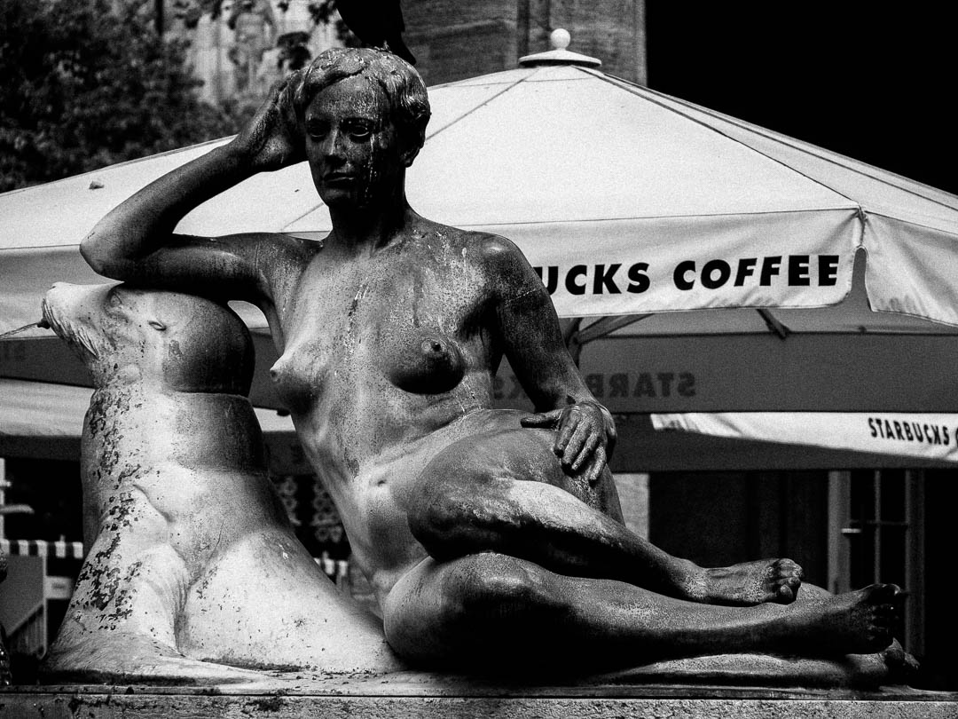 Fountain and Coffee