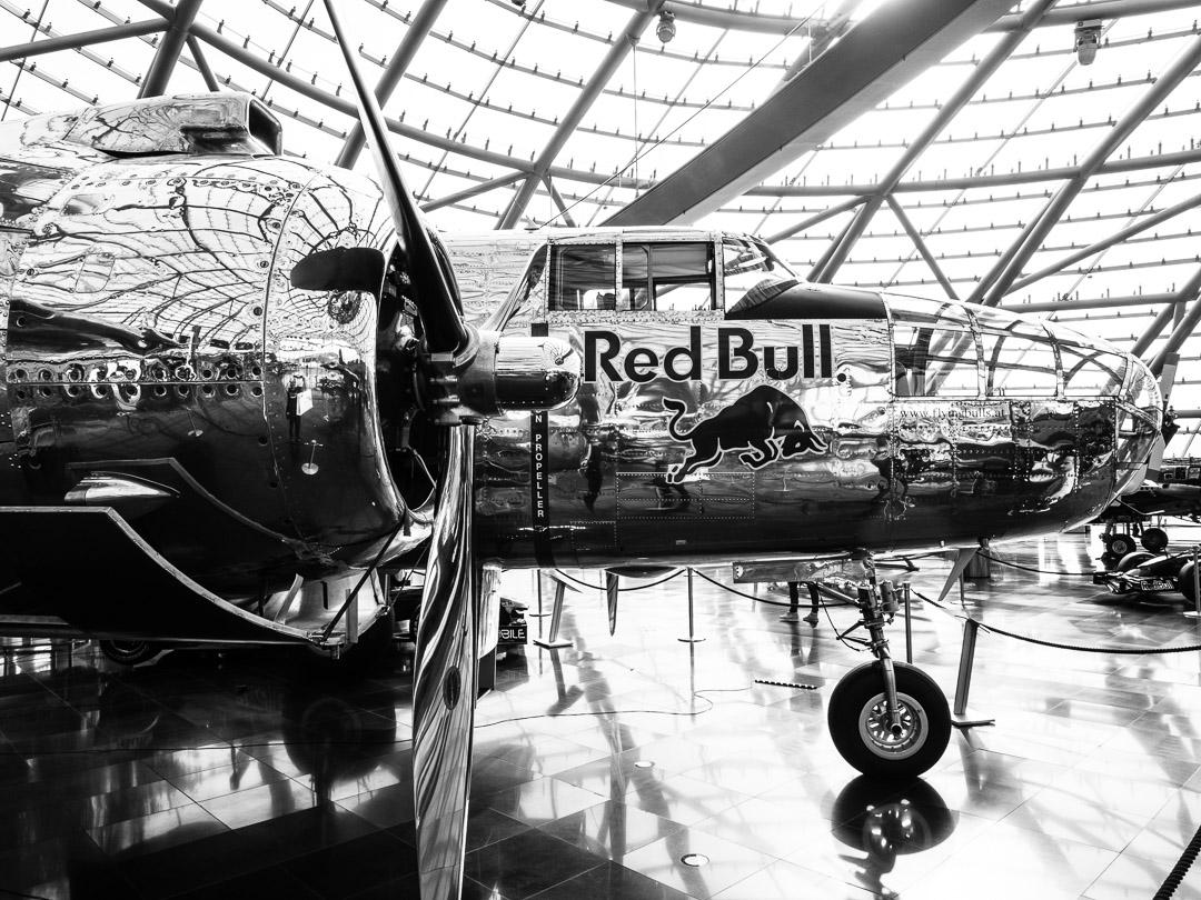 Hangar 7 Planes 06