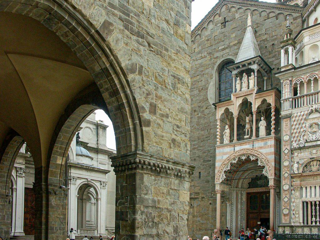 Piazza del Duomo - Basilica Santa Maria Maggiore